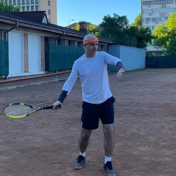 Pe terenul de tenis pentru o cauza nobila la 190 de ani de existenta a Generali