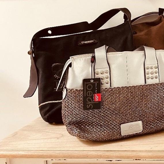 Vente de sacs au profit de THSN