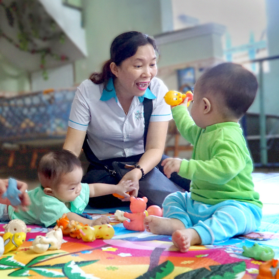 Step up for those underprivileged children in Hong Kong Family Center